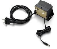 Bild på HUSQVARNA AUTOMOWER® Separat batteriladdare 210 C Fel Bild! Är utan stift.